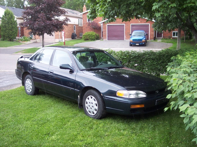 Picture of 1995 Toyota Camry LE
