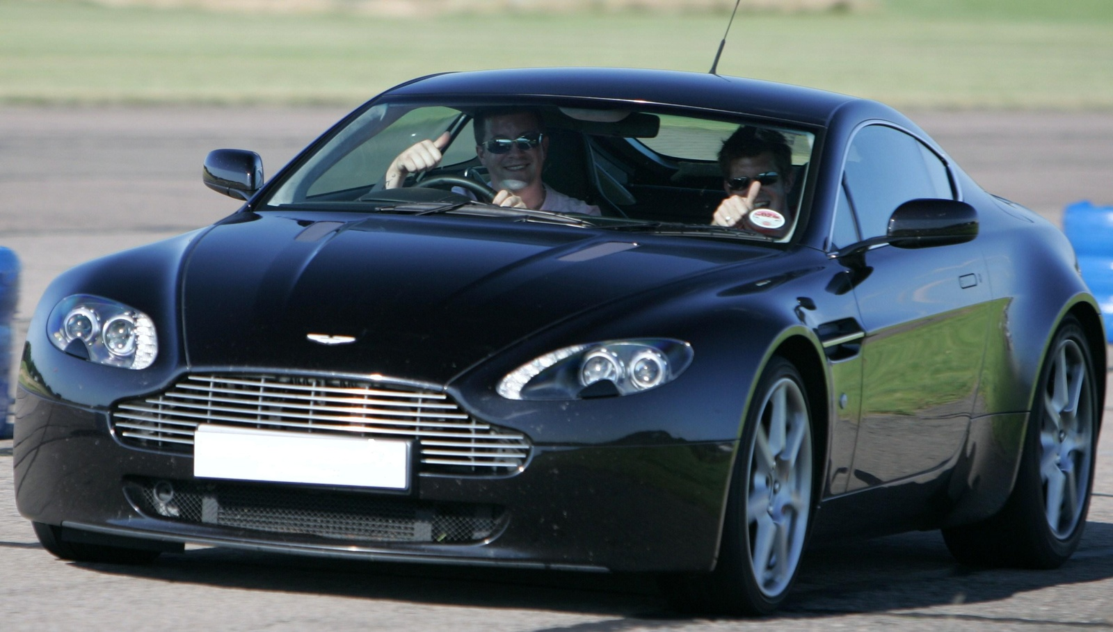 2007 aston martin v8 vantage 2007 aston martin db9 coupe picture. Cars Review. Best American Auto & Cars Review