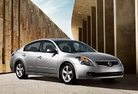 2009 Nissan Altima, Front Right Quarter View, exterior, manufacturer, gallery_worthy