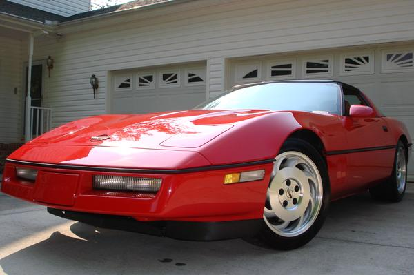 1990 Chevrolet Corvette 2 Dr STD Hatchback picture
