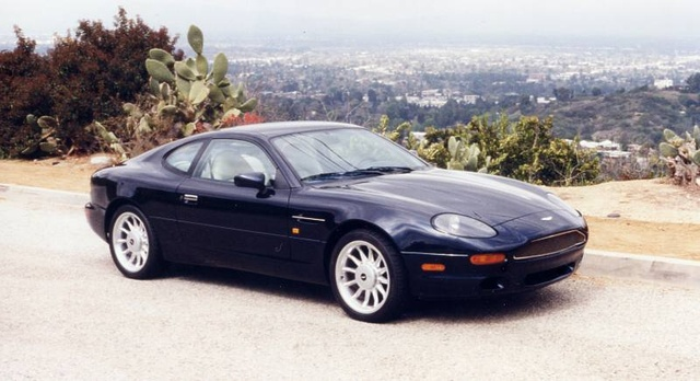 Picture of 2001 Aston Martin DB7