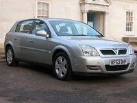 2004 Vauxhall Signum Overview