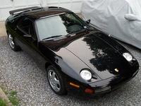 1995 Porsche 928 Overview