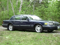 1995 Lincoln Town Car Executive, 1995 Lincoln Town Car 4 Dr Executive Sedan picture, exterior