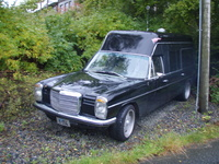 1970 Mercedes-Benz 220 Overview