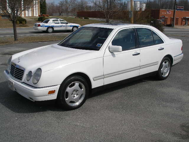 1997 Mercedes-Benz E420 Mercedes-Benz E420 Sedan picture