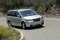 2009 Chrysler Town & Country, Front Right Quarter View, exterior, manufacturer