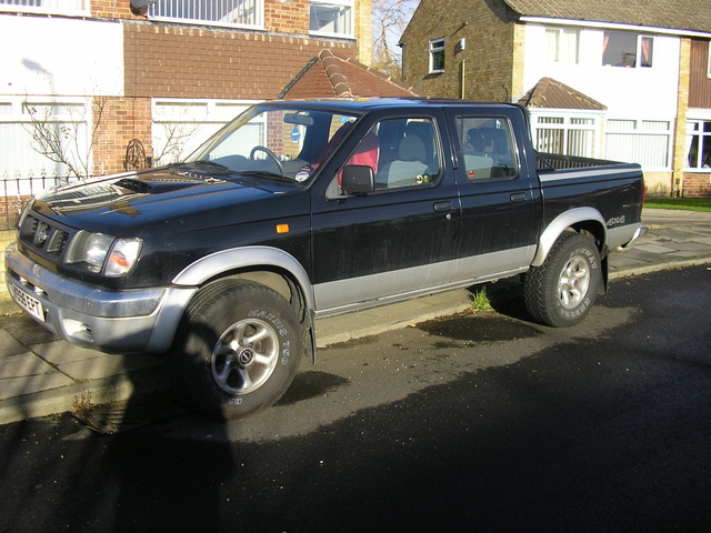 Picture of 2001 Nissan Navara, exterior