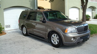 2004 Lincoln Navigator Ultimate 4WD picture, exterior