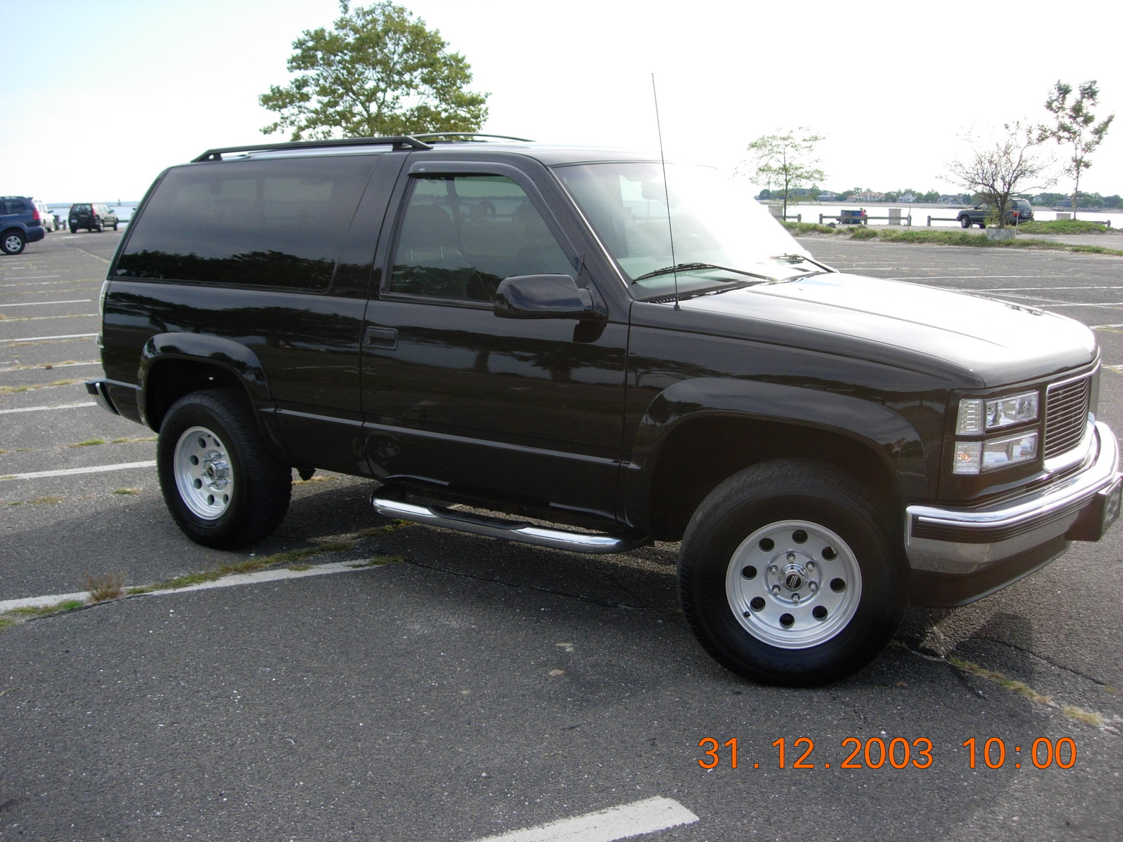 pin 1998 chevy tahoe 4x4 z71 4 door in coldwater michigan for sale on pinterest. Black Bedroom Furniture Sets. Home Design Ideas
