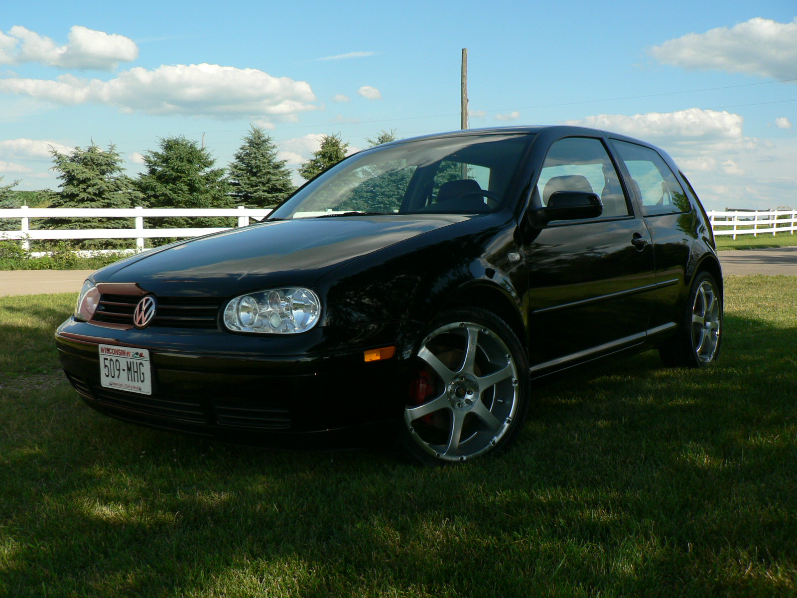 2000 vw jetta interior with 2000 Volkswagen Gti Pictures C5895 on 921 Volkswagen Bora 2006 Wallpaper 1 besides 2003 Volkswagen Passat Pictures C5878 pi36579254 in addition 2005 Volkswagen Passat Gls Tdi Pictures T23841 pi15915857 furthermore Cars Ads 1980s besides 2011 Optima.