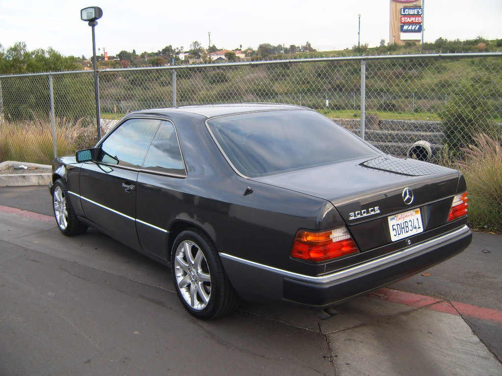 Image gallery 1992 mercedes coupe for Mercedes benz cl 300 for sale