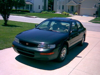 1996 Nissan Maxima Picture Gallery