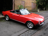 1985 FIAT 124 Spider Overview