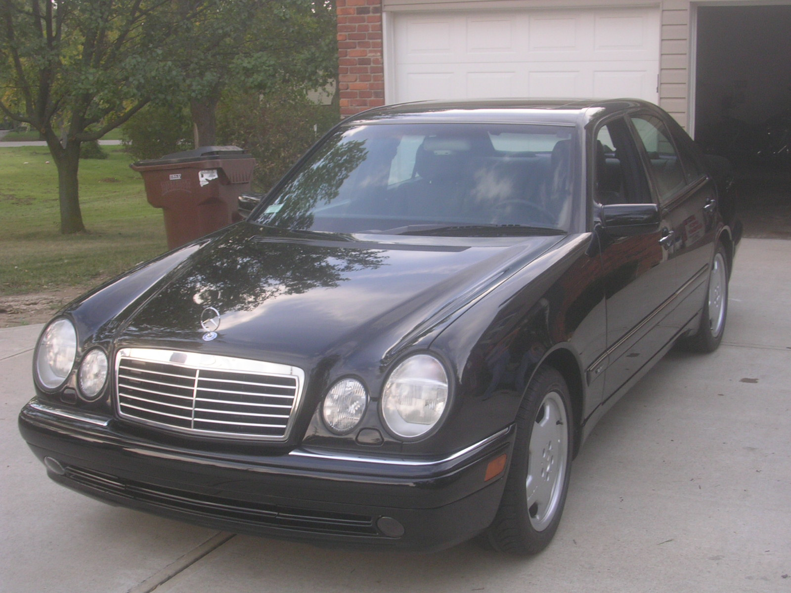 1997 mercedes benz e class pictures cargurus. Black Bedroom Furniture Sets. Home Design Ideas