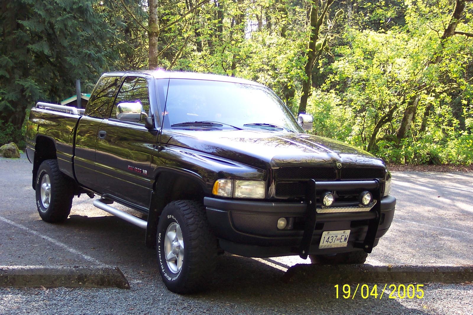 1996 dodge ram pickup 1500 exterior pictures cargurus. Black Bedroom Furniture Sets. Home Design Ideas