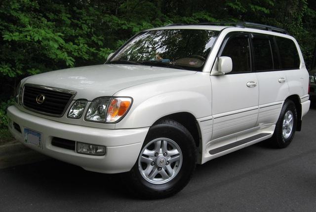 Picture of 2005 Lexus LX 470