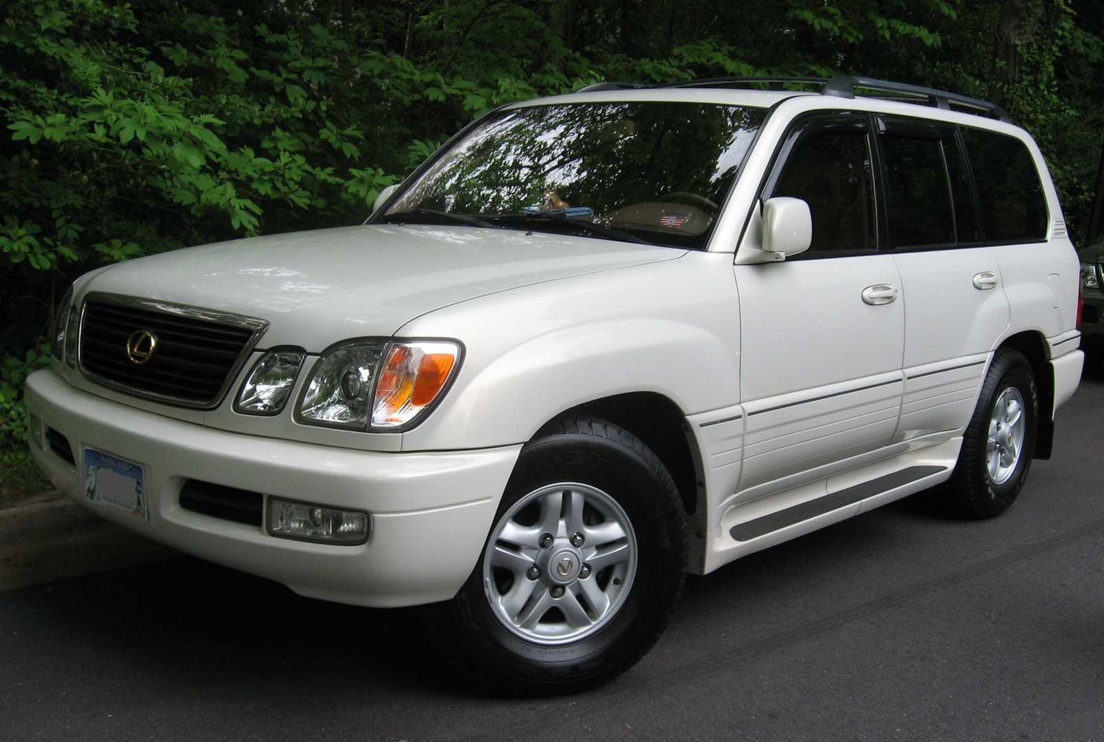 Picture of 2005 Lexus LX 470