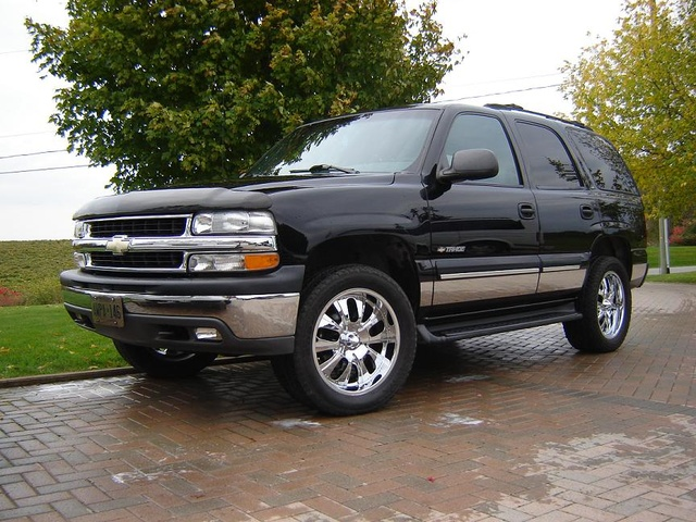 Picture of 2001 Chevrolet Tahoe LS 4WD