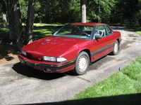 1991 Buick Regal 2 Dr Custom Coupe picture, exterior