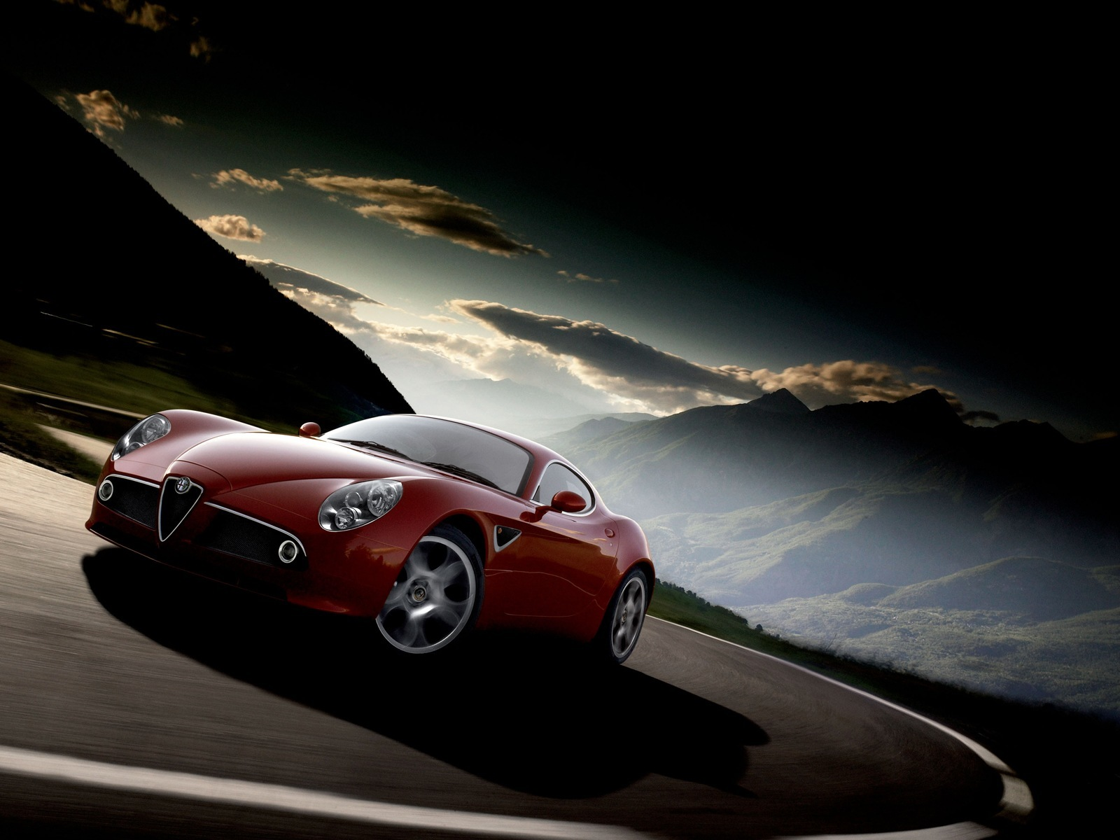 Alfa Romeo 8C Competizione Top Review