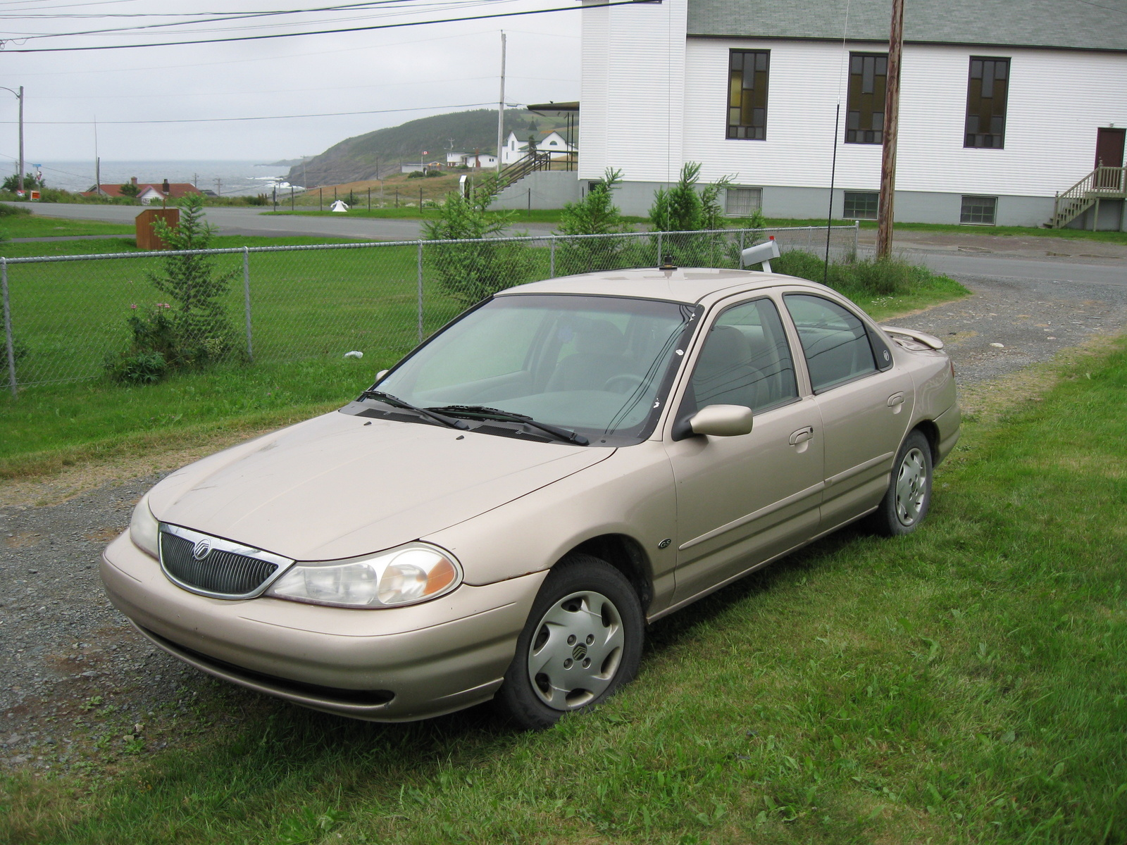 1998 Mercury Mystique 4 Dr GS Sedan picture