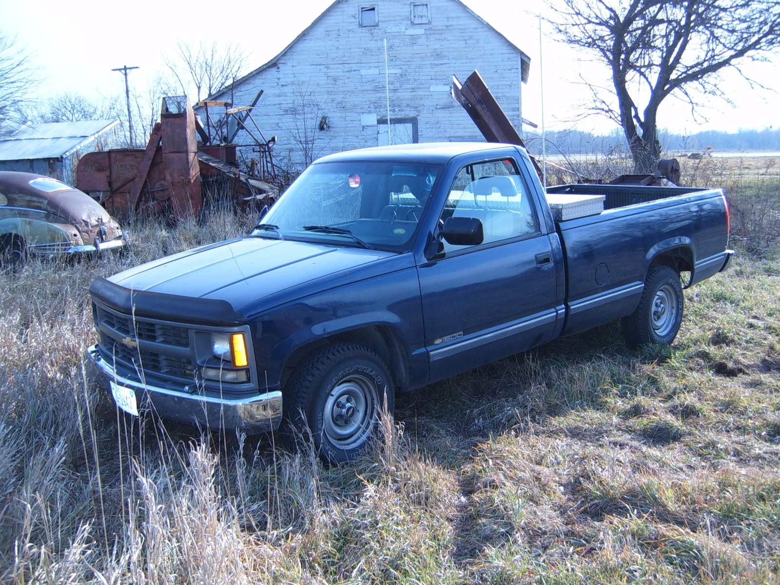 1994 Chevrolet C/K 1500 Reg. Cab W/T 8-ft. Bed 2WD picture, exterior