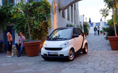 2009 smart fortwo, Front Left Quarter View, exterior, manufacturer