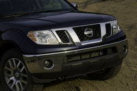 2009 Nissan Frontier, Front View, exterior, manufacturer
