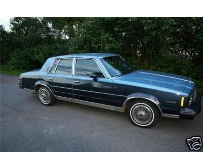 Picture of 1985 Pontiac Bonneville, exterior
