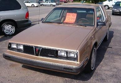 Picture of 1985 Pontiac 6000
