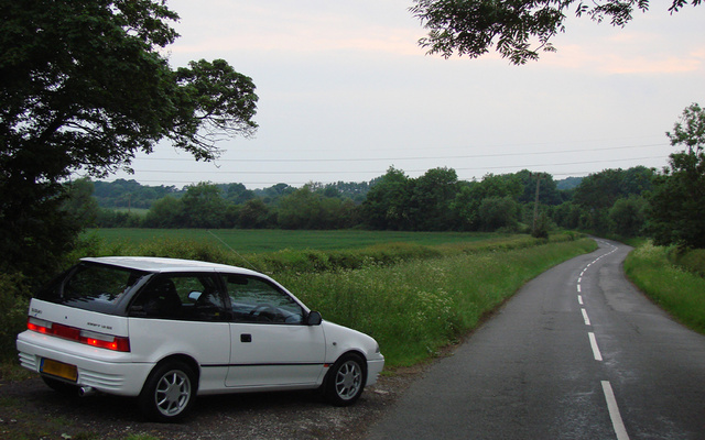 Picture of 1992 Suzuki Swift