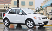 2009 Suzuki SX4 Crossover Base, Front Right Quarter View, exterior, manufacturer