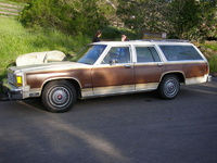 1983 Ford Country Squire Overview
