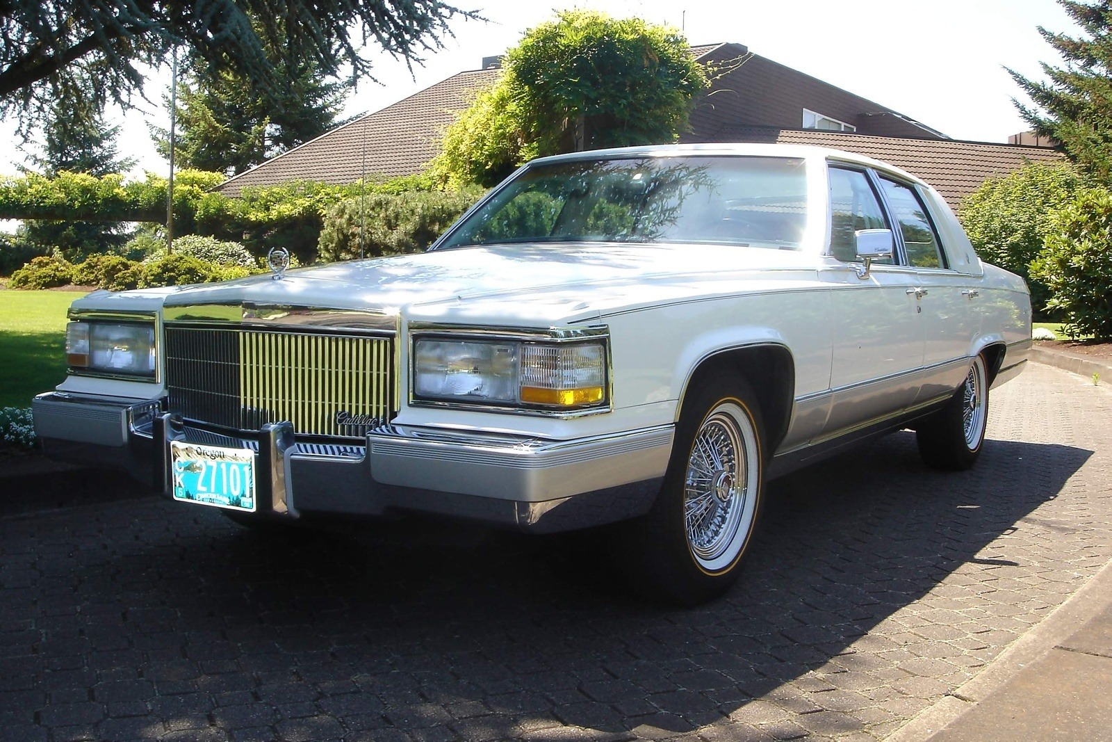 vehicles club fleetwood res brougham sale chicago car low for cadillac