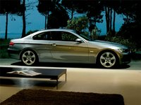 2009 BMW 3 Series 328i xDrive Coupe, Right Side View, exterior, manufacturer