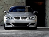 2009 BMW M5, Front View, exterior, manufacturer