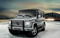 2009 Mercedes-Benz G-Class, Front Left Quarter View, exterior, manufacturer, gallery_worthy
