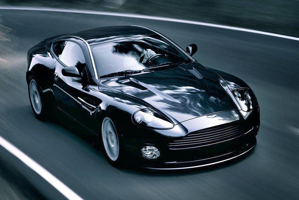 Aston Martin V Vanquish Overview CarGurus - 2004 aston martin