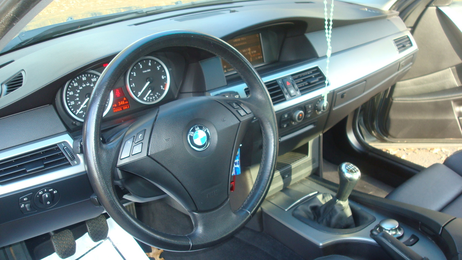 bmw 5 series questions manual transmision cargurus. Black Bedroom Furniture Sets. Home Design Ideas