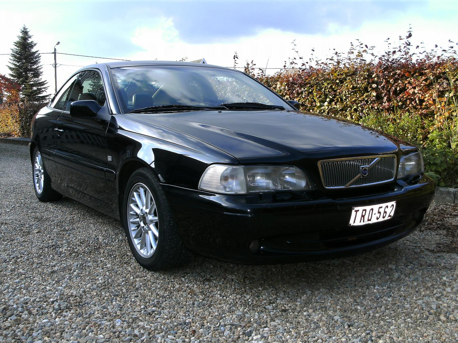 2000 Volvo C70 2 Dr HT Turbo Coupe picture