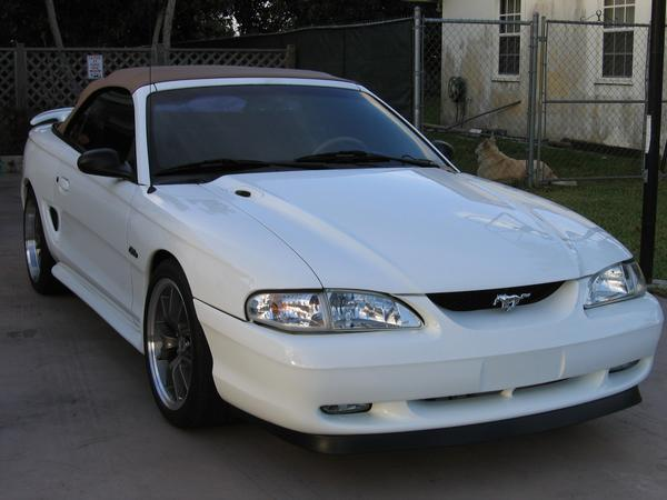 1996 Ford Mustang 2 Dr GT Convertible picture