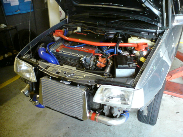 Picture of 1992 Vauxhall Astra, engine