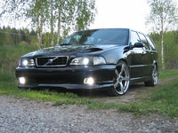Picture of 1999 Volvo V70, exterior