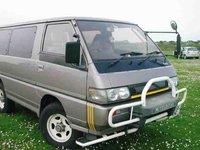 1993 Mitsubishi Delica Overview