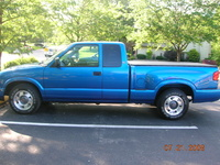 2000 GMC Sonoma SL Ext Cab Short Bed 2WD picture, exterior