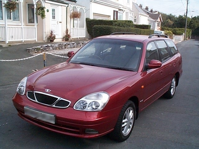 Picture of 1999 Daewoo Nubira