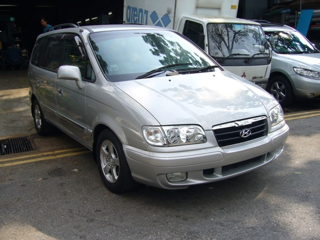 Picture of 2004 Hyundai Trajet