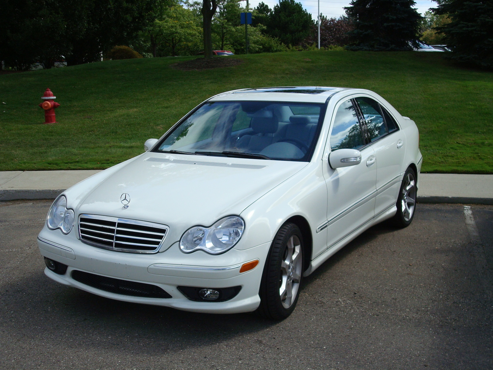 2007 mercedes benz c class pictures cargurus for Mercedes benz 2007 c230