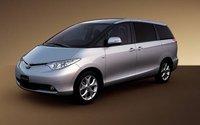 2007 Toyota Tarago Overview